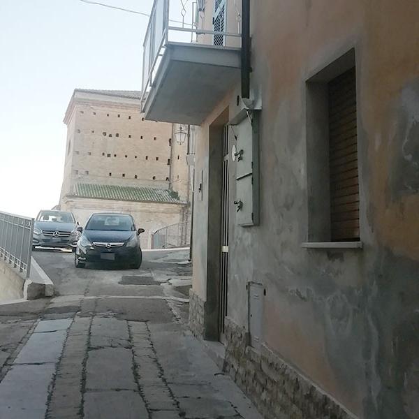 Porzione di Casa in zona centrale a Collecorvino (PE)
